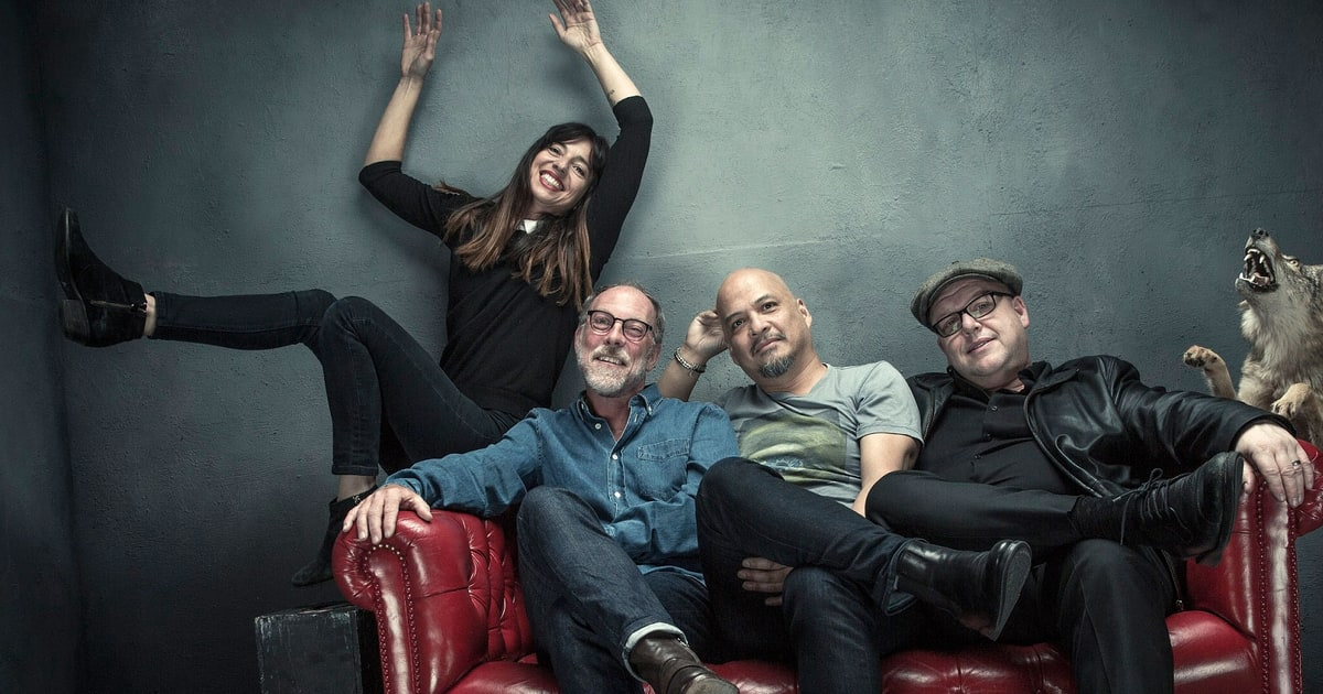 pixies-press-crop-2016-a82e42d4-a1ad-466e-b296-9be29b39b4f6